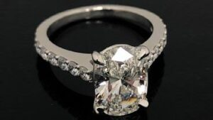 Diamond Care - Know Some Essential Maintenance Tips after You Buy Engagement Ring